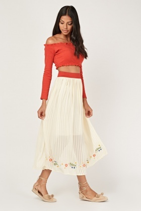 Embroidered Trim Pleated Maxi Skirt