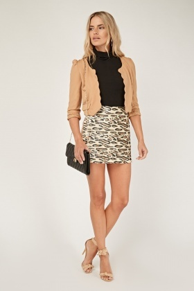 Scallop Trim Ruched Cropped Blazer