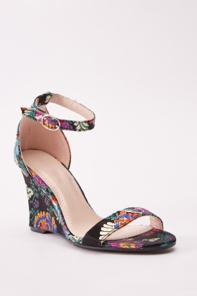 Embroidered Wedge Floral Sandals