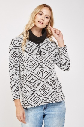 Geo Contrast Knitted Jumper