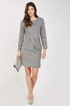 Retro Print Shift Dress