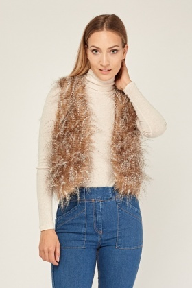 Fluffy Cropped Gilet