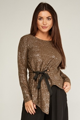 Scattered Metallic Asymmetric Top