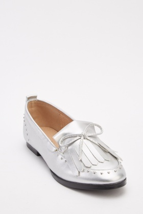 Bow Front Metallic Fringe Loafers