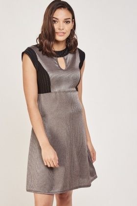 Ribbed Contrast Trim Shift Dress