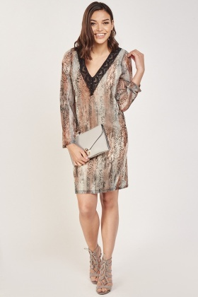 Lace Trim Snake Print Shift Dress