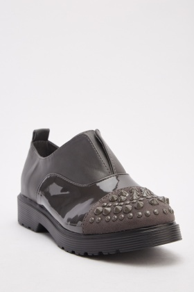 Studded Contrasted Slip On Shoes