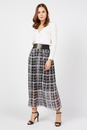 Window Pane Print Maxi Skirt