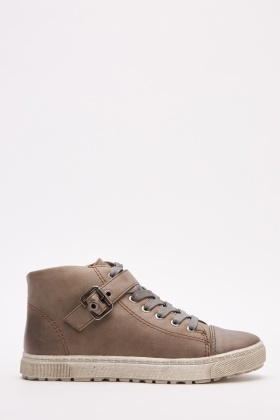 Buckle Strap Detailed High Top Trainers