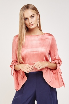 Tie Up Pleated Sleeve Top