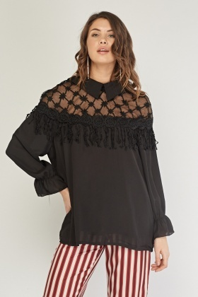 Crotchet Mesh Contrasted Blouse