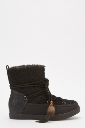 Contrast Feather Lace Up Boots