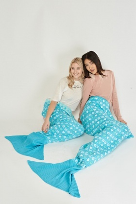 Child's Knitted Mermaid Tail Blanket