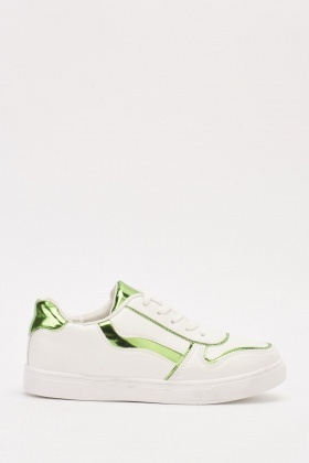 Basic Contrasted Low Top Trainers