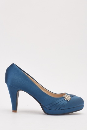 Front Detail Sateen Heeled Pump Shoes