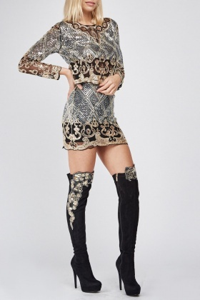 Embroidered Contrasted Scallop Cut Over The Knee Boots