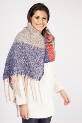 Woven Plaid Fringed Scarf