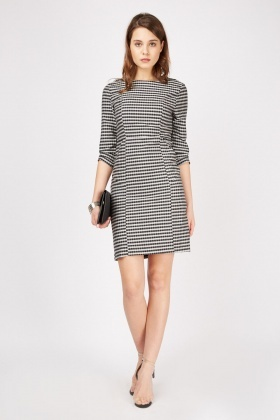 Pocket Front Checkered Dress