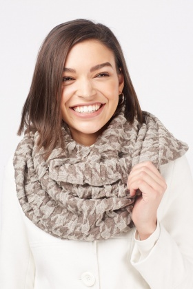 Houndstooth Crinkled Textured Scarf