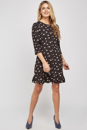 Star Printed Open Back Shift Dress