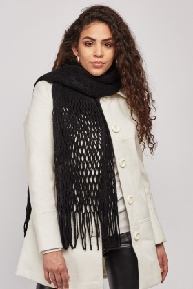 Fishnet Trim Knit Scarf