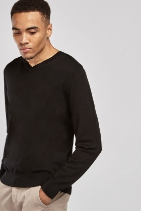 Ribbed Trim Fine Knit Sweater
