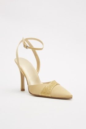 Contrasted Sateen Court Heels