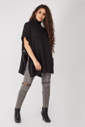 Roll Neck Diamond Patterned Poncho
