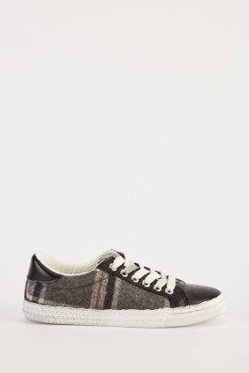 Checkered Contrasted Low Top Sneakers