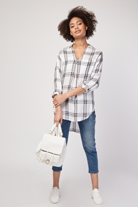 Checkered Dip Hem Blouse