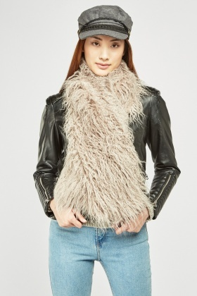 Textured Fluffy Scarf