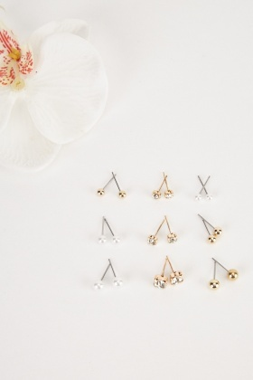9 Pairs Of Stud Earrings