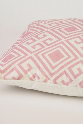 Illusion Printed Cushion