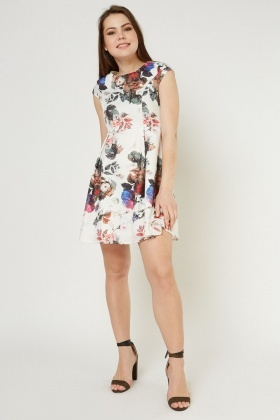e462b8e55a Cap Sleeve Floral A-Line Dress