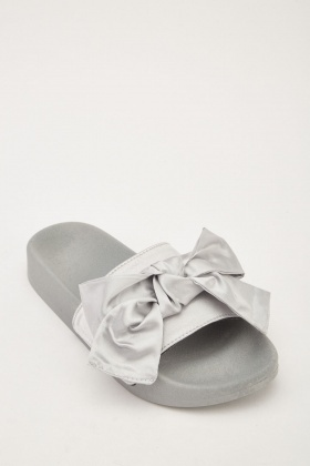 Bow Front Sateen Sliders
