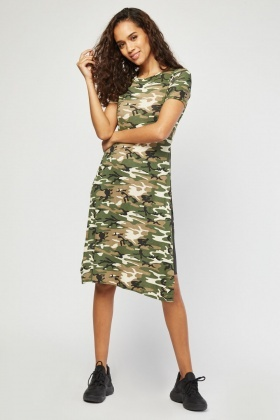Deep Side Slit Camo T-Shirt