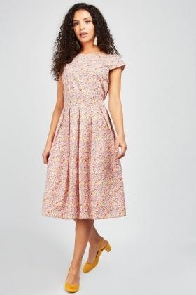 3910de57fc7eb Ditsy Floral Print Frilly Dress