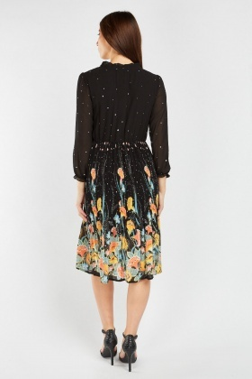 Art Noveau Print Pleated Dress