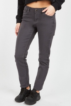 Straight Cut Casual Jeans