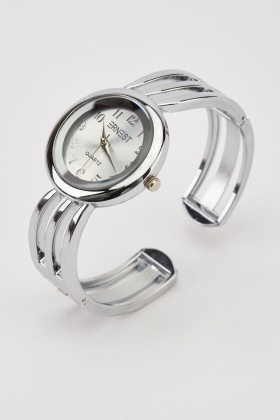 Round Face Analog Watch