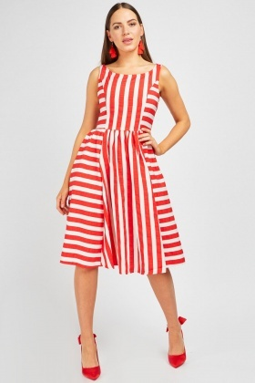 41ea9d405074 Gathered Centre Panel Stripe Dress