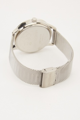 Classic Mens Mesh Strap Watch