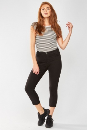 Straight Cut Crop Jeans
