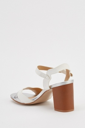 Block Heel Contrast Sandals