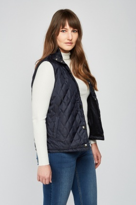 Reversible Diamond Quilted Gilet