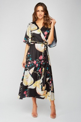 Oversized Print Maxi Wrap Dress