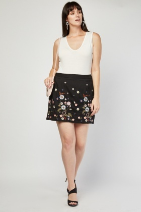 Embroidered Flower Mini Skirt