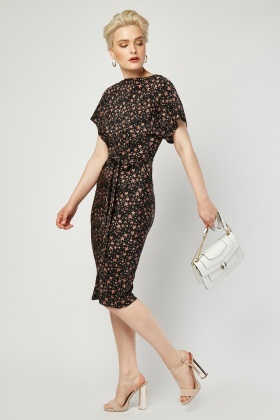 Star Printed Belted Dress