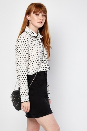 Polka Dot Peter-Pan Collar Shirt