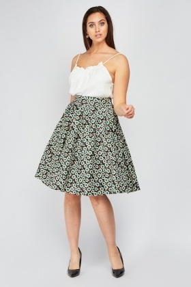 Box Pleated Frilly Printed Skirt